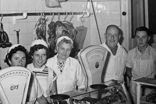 Fleischermeister Walter Körner mit Familie